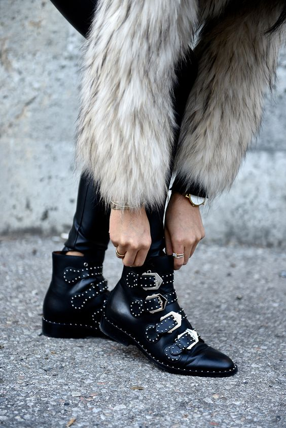 givency-boots-not-your-standard